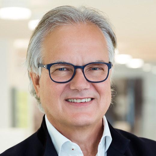 Peter Scharax